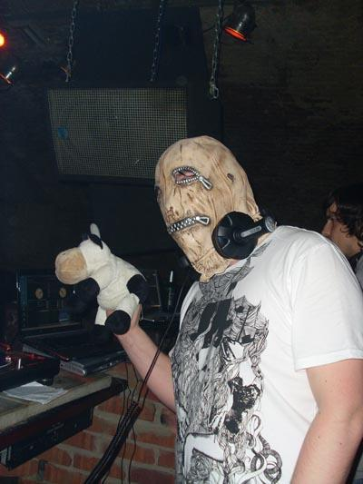 DJ Stenchman ( London, UK )