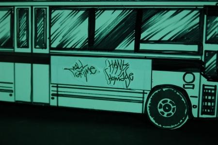 vandal-tag-bus